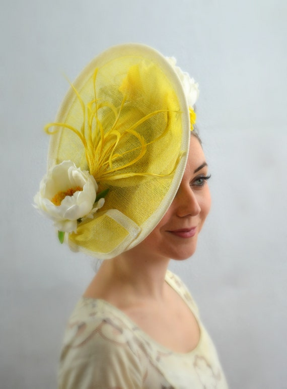 RACE DAY Yellow Kentucky Derby, Preak or Del Mar Womens Hat.  Kate Middleton style Percher Fascinator.  British tea party or Church Hat