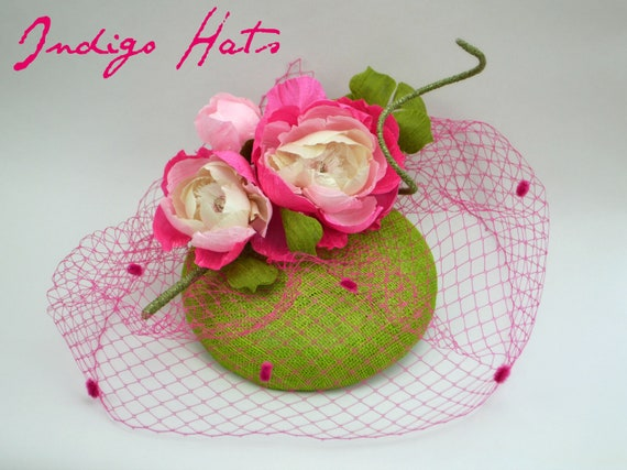Green and Pink Kentucky Derby Cocktail Hat. Mother of the Bride Fascinator.  New York Conservancy Famous hat luncheon Hat.  Royal Ascot Hat