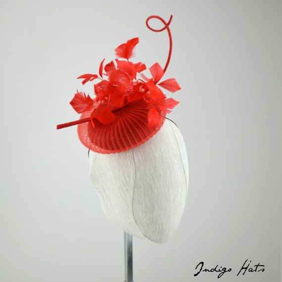 ROUGE - Red Crinolin fascinator