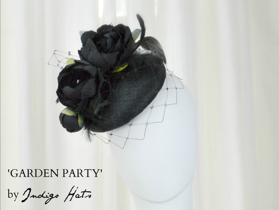 GARDEN PARTY - Black Fascinator