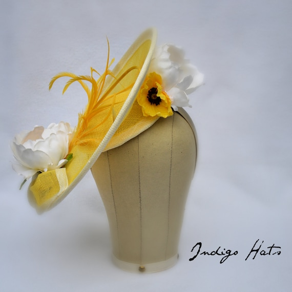 Yellow Kentucky Derby, Preak or Del Mar Race Day womens Hat.  Kate Middleton style Percher Fascinator.  British tea party or Church Hat