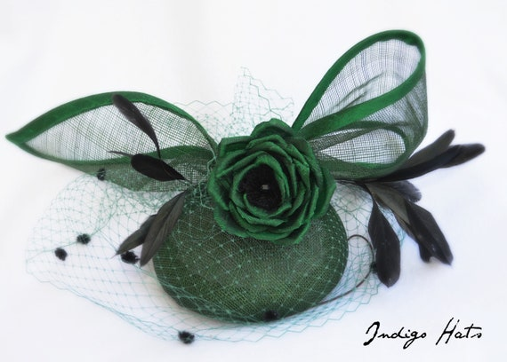 WATERFORD Emerald Green Kentucky Derby Hat. British Royal Ascot, Preak & DelMar fascinator. Dark Green Mother of the Bride Fascinator.