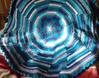 pinwheel multi colour  blanket