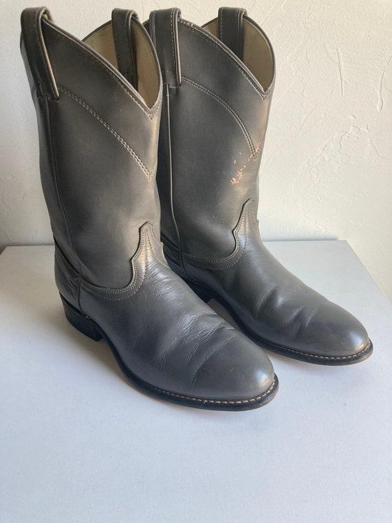 Vintage Laredo Cowboy Boots (Woman Size 8.5)