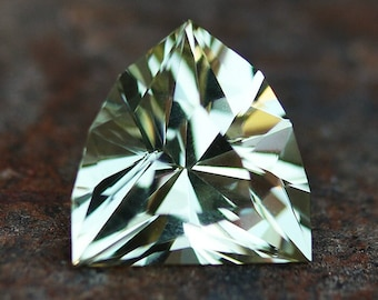 3.67ct Heliodor | Faceted | Natural Heliodor | Shield Cut | Yellow Stone | Loose Stones | Golden Beryl