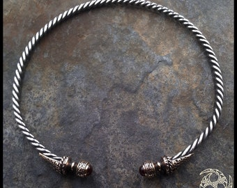 Belenos (Arc'hant, Arem HA Maen-Granat) Celtic torque in silver, bronze and Garnet