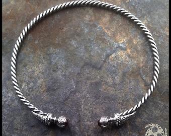 Belenos (Arc'hant HA Maen-Granat) Celtic torque in silver and Garnet