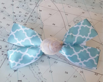 Light Blue with White Pattern Hairbow with Real Seashell Center