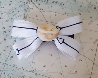 Arrow Hairbow with Real Seashell Center