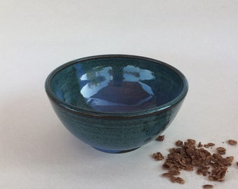 Ceramic Cereal Bowl, Handmade Breakfast Bowl, Pottery Soup Bowl, 2 Cups Serving Bowl, Blue