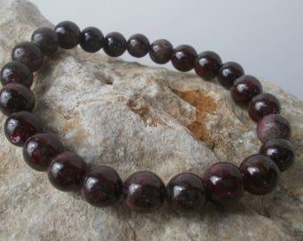 Garnet Bracelet 8 mm #014