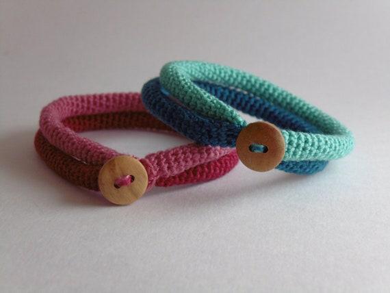 nuovo di zecca bcaa5 fbd2b Braccialetto, uncinetto uncinetto, bracciale tubolare, amicizia bracciale,  gioielli tessili, gioielli minimalista uncinetto, crochet moderna gioielli