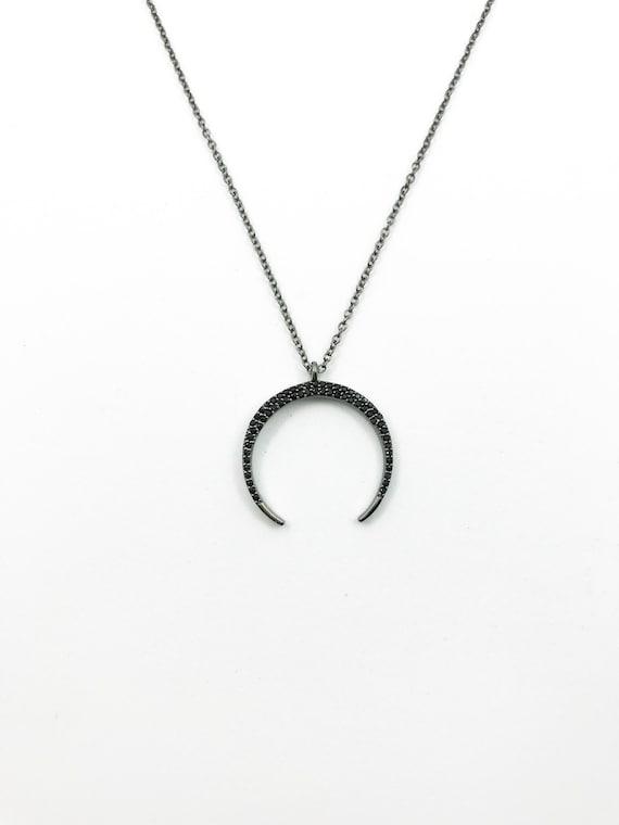 collier lune inversée