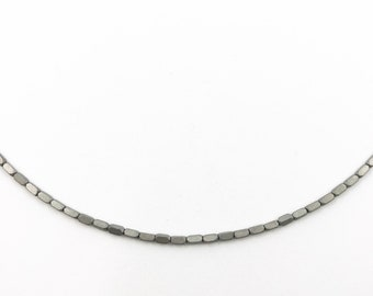 Gemstone choker silver hematite