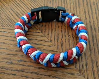 Red white and blue patriotic paracord bracelet!