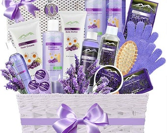 Super Large Deluxe Gift Baskets For Women