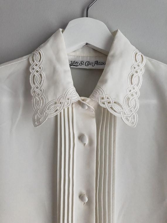 Vintage Ivory Button Up Blouse Detailed Neckline … - image 2