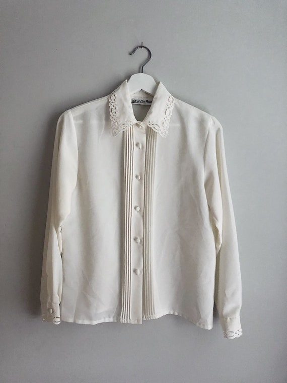 Vintage Ivory Button Up Blouse Detailed Neckline /