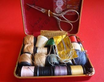 Vintage Travel Sewing Kit, Vintage Sewing Kit, Sewing Travel Kit, Vintage Travel Accessories, Vintage Sewing Accessories, Vintage Travel Kit