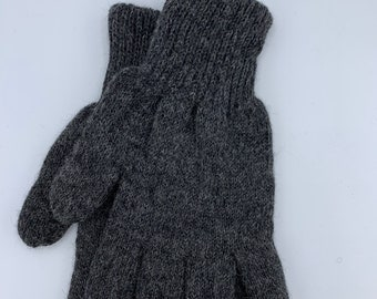 Double Knit Grey Gloves
