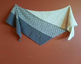 100% Alpaca Knit Scarf with Mosaic Pattern