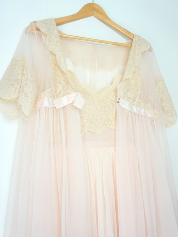 Vintage 1960s Nightgown and Robe Peignoir Set, Pin
