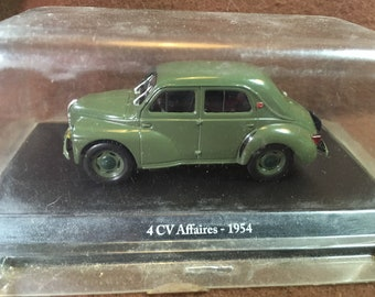 Renault 4CV affaires 1/43