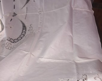 Vintage Italian Lace Tablecloth & 12 Matching Napkins