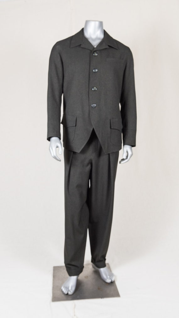 Men's Vintage Style Suits, Classic Suits British Sport Jacket- Early 20th Century $176.39 AT vintagedancer.com