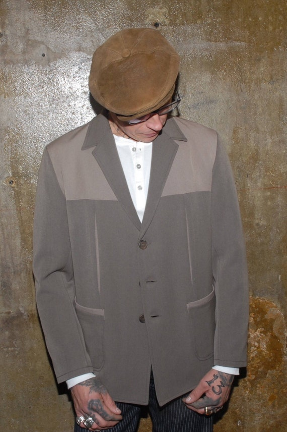 Men's Vintage Style Coats and Jackets 1950s Hollywood Two-Tone Jacket $198.31 AT vintagedancer.com