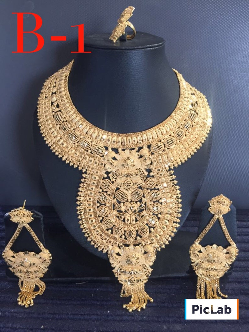 Aristocratic Designed Necklace Set B1