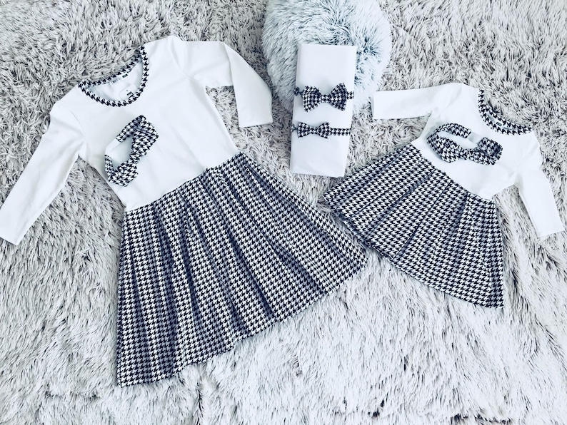 99e2469c6382 Matching dress, mother and daughter, matching style, family outfits, mother  and little girl, dresses for mom and girls