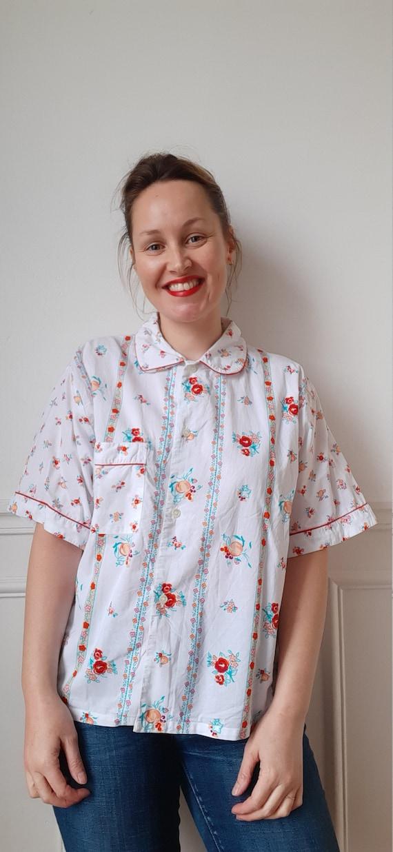 Vintage 70s flower pyjama top