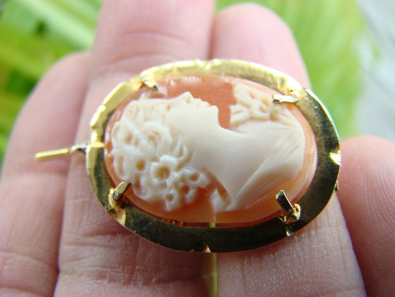 Antique Gilded Cameo Pendant-brooch in Silver frame 1900s. NEW*