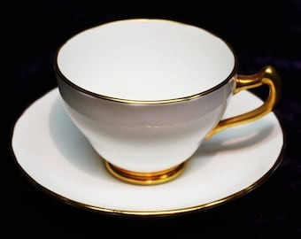 VINTAGE ROYAL CHELSEA Gilded Bone China Footed Tea cup and Saucer