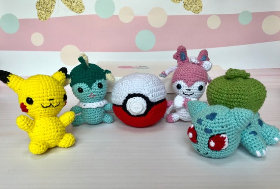 CROCHET PIKACHU & POKEBALL patterns set - Pokemon Amigurumi Pdf ... | 385x570