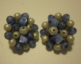 Mid-Century Cluster Clipon Earrings - Faux Pearls and Blue Lampwork Beads