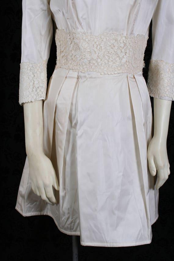 vintage 60s ivory TAFFETA WEDDING DRESS mini gown… - image 3