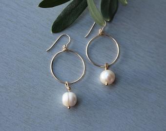 Gold Filled 14 k and Pearl hoop earrings freshwater pearls