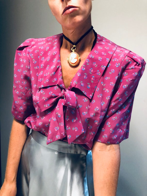 Vintage Secretary Blouse with Pussy Bow| Vintage … - image 5
