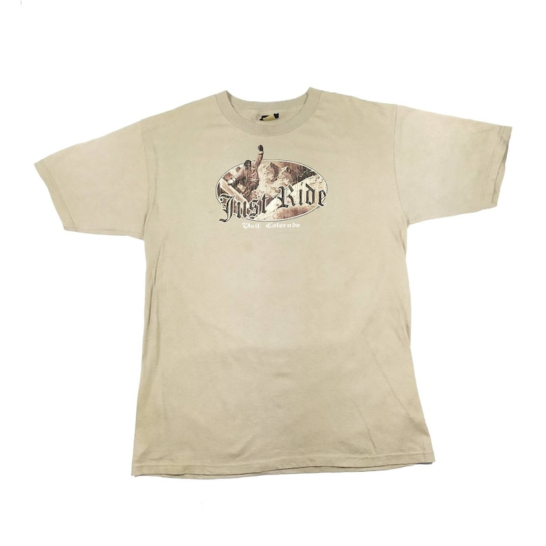 Vintage Prairie Mountain Roundneck Tshirt