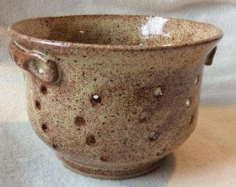 Berry Bowl and colander