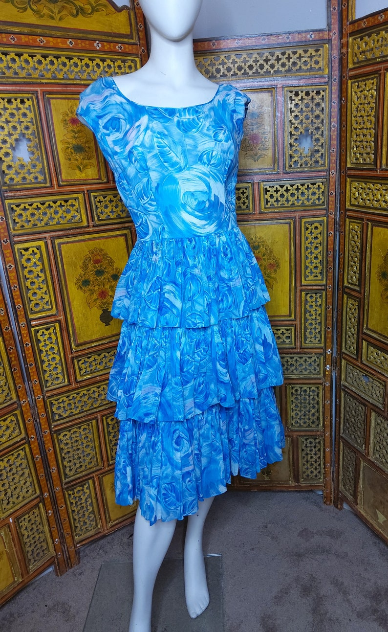 60/'s Sleeveless Blue Ruffled Summer Day Dress Sz S