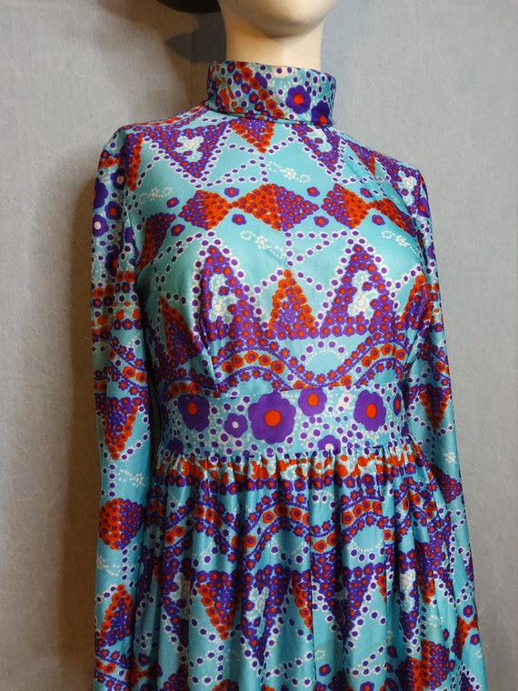 1970's Psychedelic Baby Doll Mini Dress - image 6