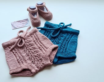 Made to order Hand knitted baby bloomers/seamless baby pants/shorts/pants/100%merino wool/gift/present/diaper cover/shorties/accessories/