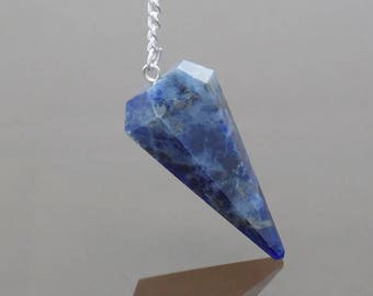 Crystal Pendulum Sodalite pendulum Dowsing pendulum Chakra pendulum Quartz pendulum Divination tools Handmade Gemstone pendulum