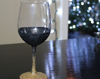 Black and Gold Glitter Wine Glass *Two toned glitter wine glass*