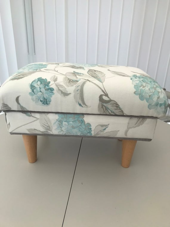 FOOT STOOLS LAURA ASHLEY GOSFORD CRANBERRY FABRIC