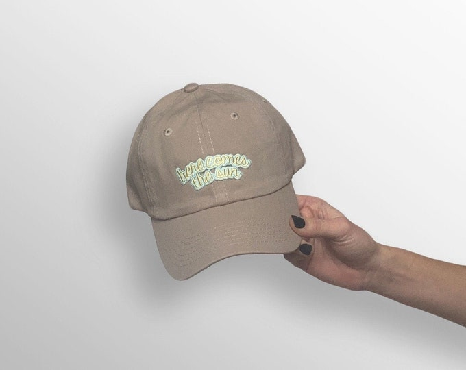 "Women's Small-Fit Hat - ""Here Comes the Sun"" Small Cap"