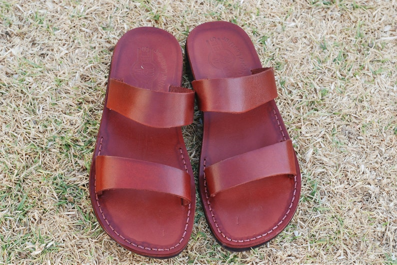95966b730f3 Men leather slippers flat slippers Jesus sandals leather
